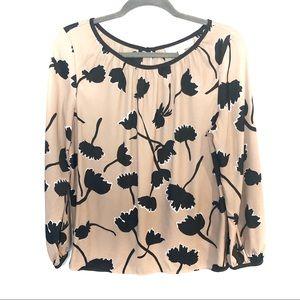 ✨3/$30 Ann Taylor LOFT Floral Blouse